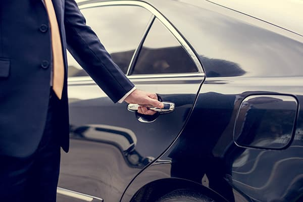 Arizona Private Car Service for Canadians